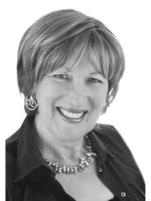 Suzanne Foss