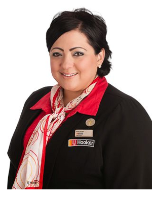 Dora Kuzela