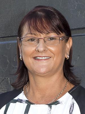 Brenda Groth