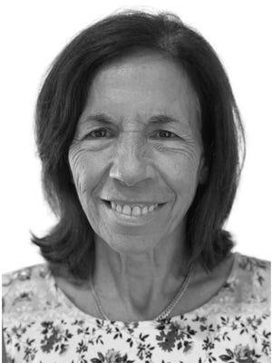 Angela Cholakos