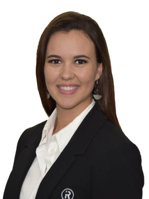 Nadia Van Straten