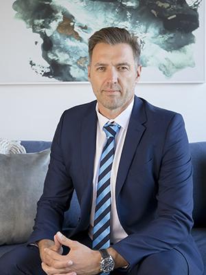 Izak Van Niekerk