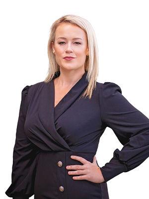 Hayley Van De Ven