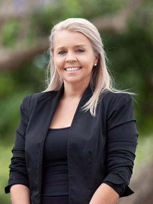 Paula Pearce