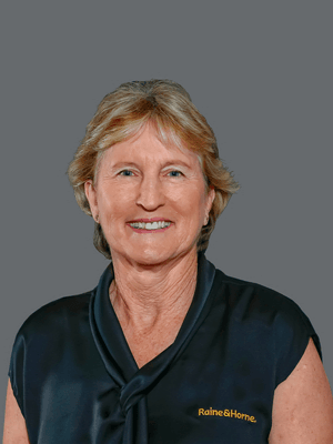 Suzanne Chalfont