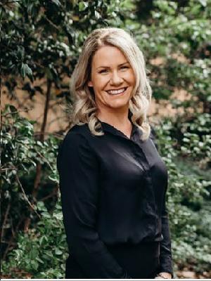 Lisa Dewson