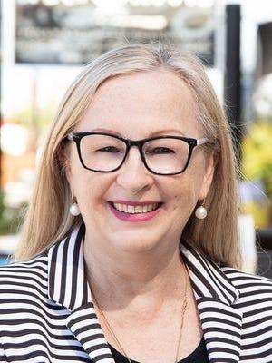 Carolyn Tilli