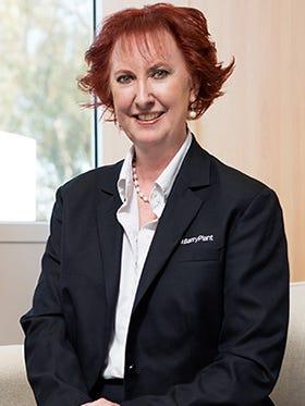 Carolyn Van Zeyl