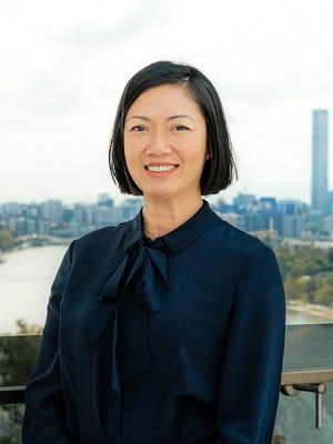 Julie Cheng