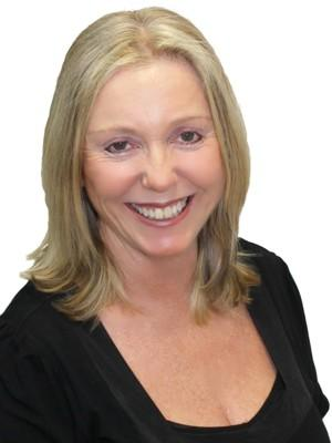 Karen Davies from Ray White Unlimited - NORTH BONDI - main