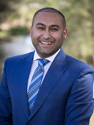 Dave Singh from SKAD REAL ESTATE THOMASTOWN - THOMASTOWN
