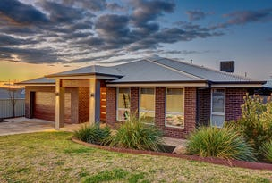 2 Koonawarra Place, Bourkelands, NSW 2650
