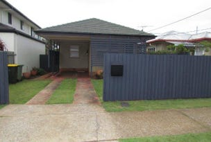 598 Oxley Ave, Scarborough, Qld 4020