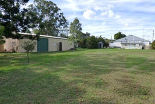 23 Esk St., Crows Nest, Qld 4355