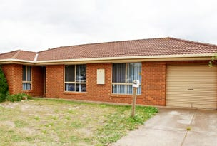 Unit 2/2 Mcnicol Close, Meadow Heights, Vic 3048