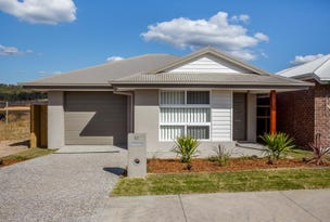 37 Tomaree Crescent, South Ripley, Qld 4306