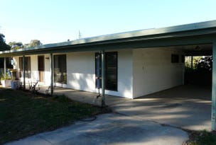 75 Hennessy Street, Tocumwal, NSW 2714