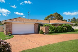 3/8 Wills Court, Forster, NSW 2428