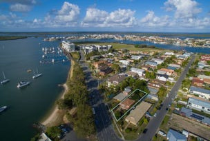 3 Esplanade West, Paradise Point, Qld 4216