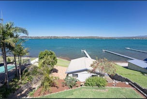 61 Coal Point Road, Coal Point, NSW 2283