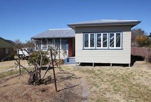 51 Douglas Street, Tenterfield, NSW 2372
