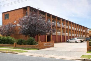 21/20 Trinculo Place, Queanbeyan, NSW 2620