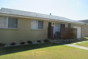 4 Hillcrest Ave, Wingham, NSW 2429