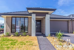 17a Forest Drive, Clyde North, Vic 3978