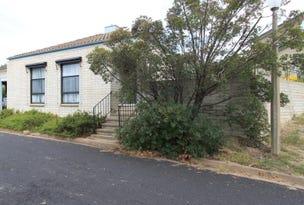2 Cosgrove Street, Curtin, ACT 2605