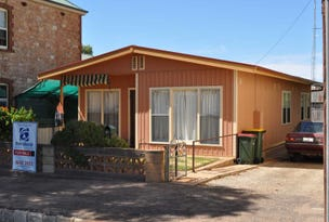35 First Street, Quorn, SA 5433