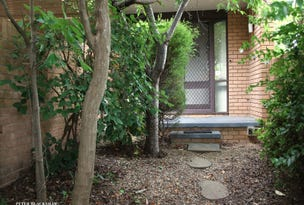 11 Mackaness Place, Garran, ACT 2605