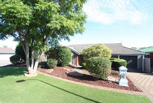 15 Jacaranda Drive, Craigmore, SA 5114
