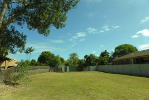 26 WARATAH AVENUE, Yamba, NSW 2464