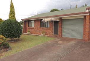 2/27 Agnes, Centenary Heights, Qld 4350