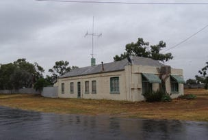 11 Nora Street, Menindee, NSW 2879