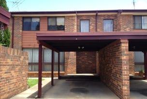 4/6 Jacquinot. Place, Glenfield, NSW 2167