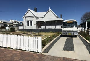 93 Molesworth Street, Tenterfield, NSW 2372