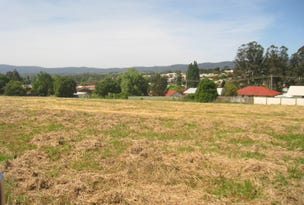 - Gowing Avenue, Bega, NSW 2550