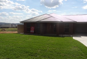 13 IGNATIUS PLACE, Bathurst, NSW 2795