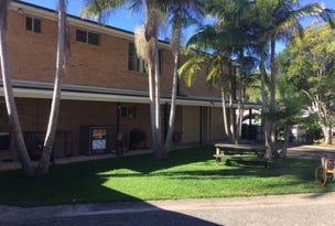 Upstairs/321 Boomerang Drive, Boomerang Beach, NSW 2428