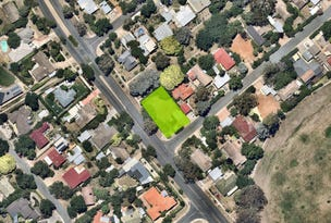 1 Colebatch Place, Curtin, ACT 2605