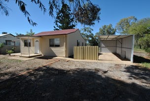 8 WATTLE STREET, Hanwood, NSW 2680
