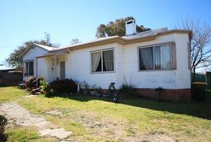 36 Railway Avenue, Tenterfield, NSW 2372