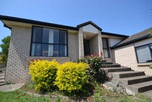 32 Laysan Crescent, Oxenford, Qld 4210