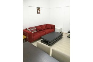 8 Burnley Street, Newmarket, Qld 4051
