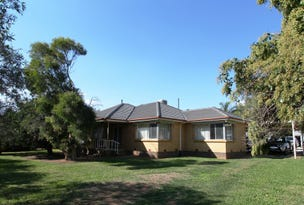 Mundoona, address available on request