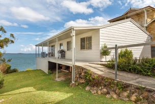 8 The Esplanade, North Arm Cove, NSW 2324