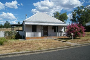 14 Bank Lane, Quirindi, NSW 2343