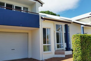 2/12 Kate Street, Woody Point, Qld 4019