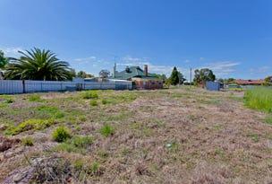 32 Henty Street, Culcairn, NSW 2660